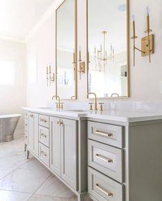 "Bathrooms of Instagram on Instagram: ""💫Ultra Elegant Design✨ By @biltmorehomes Photo @sarahbakerphotos #bathroomideas #bathroomgoals #bathroomremodel #hgtv #bathroominspo…"" Bathroom Goals, Bathroom Inspo, Bathroom Styling, Bathroom Inspiration, Modern Bathroom, Master Bathroom, Bathroom Lighting, Luxury Bath, Hgtv"