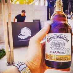 Here we are.. tasting some FINE beer! The choice of the day fuelwled by some music from @cosmic_production 's DJ @edi._.3 on one of the finest pool bars at @hotelparksplit ... Listening to Koop and drinking Grevensteiner what a day! Lovin' it!. Oh yeah it's my post-workout meal . . . #grevensteiner #veltins #beer #lovers #love #summer #park #hotel #split #croatia #holiday #djlife #pr #job #lovinit #bottle #grad #cosmic #koop #jazz #chill #goodlife #tbt #watch #bier #birra #workout #meal…