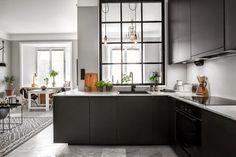 кухня в интерьере квартиры-студии