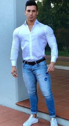 "essexmuscle: ""hotshirtboy: ""damn fine riccardo stradella "" Now that's how you wear a shirt and jeans. Fashion Moda, Men's Fashion, Urban Fashion, Boy Models, Herren Outfit, Tights Outfit, Good Looking Men, Men Dress, Skinny"