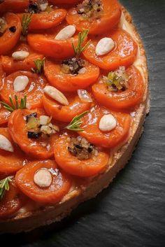 Tarte sablées aux abricots frais et aux amandes