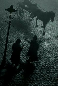 Stalking Jack the Ripper. Victorian London, Victorian Gothic, Sherlock Holmes, Story Inspiration, Character Inspiration, Der Pakt, Steampunk, Gothic Aesthetic, Fallen London