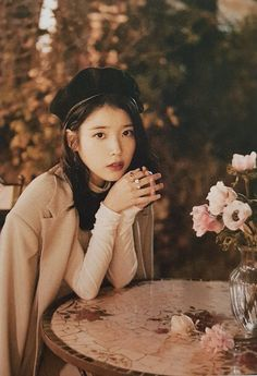 Korean Actresses, Korean Actors, Actors & Actresses, Korean Star, Korean Girl, Iu Twitter, Iu Fashion, Korean Celebrities, Celebs