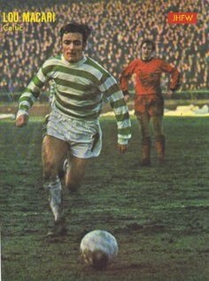 December Glasgow Celtic midfielder Lou Macari in action against Dundee United, at Parkhead. Dundee United, Celtic Fc, Color Pallets, Manchester United, Glasgow, Design Art, Nostalgia, The Past, Old Things