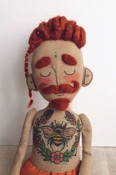 Cloth doll Baby Beardy with tattoos mustache and by Tattoysclub Stoffpuppe Baby Beardy mit Tattoos Schnurrbart und von Tattoysclub Fabric Dolls, Fabric Art, Cloth Art Dolls, Rag Dolls, Softies, Muñeca Diy, Doll Home, Little Doll, Doll Maker