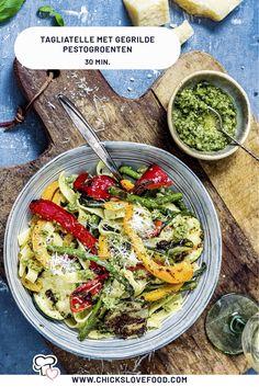 Veggie Recipes, Pasta Recipes, Vegetarian Recipes, Dinner Recipes, Healthy Recipes, Feel Good Food, Love Food, Happy Foods, Dinner Is Served