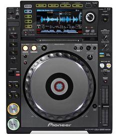 Pioneer CDJ 2000 Nexus - £80 CASH BACK! Multiplayer **Free 4GB Storage Drive**