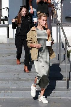 New york ss 2019 street style jeanne damas 13 ~ Litledress - Street Style Outfits Celebrity Style Casual, Celebrity Outfits, Casual Street Style, Street Style Looks, Jeanne Damas, Spring Summer Fashion, Autumn Fashion, Modell Street-style, Hailey Baldwin Style