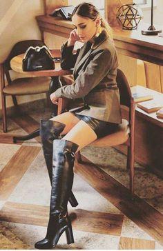Oh, my God - Overknees - Best Skirt High Top Boots, High Leather Boots, Hot High Heels, Sexy Heels, Thigh High Boots, High Heel Boots, Heeled Boots, Sexy Boots, Cool Boots