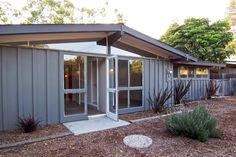 Cliff May Rancho   3102 Stevely Avenue, Long Beach