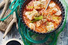 Fischsuppe, ein sehr leckeres Rezept aus der Kategorie Eintopf. Bewertungen: 114. Durchschnitt: Ø 4,6.