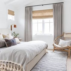 This serene bedroom by @amberinteriors has been going viral on pinterest lately. It's gorgeous and versatile and really...what's not to love? So we had to recreate it for you guys for just a bit less...in fact we were able to to do it for only $1,700! Go check it out https://cpycat.ch/2gIcTgn #roomredo #masterbedroom #bedroominspo #copycatchic