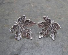 Small Silver Plated Maple Leafs with Stainless Steel Posts and Butterfly Clutches. Fancy Jewellery, Trendy Jewelry, Cute Jewelry, Leaf Earrings, Etsy Earrings, Leaf Jewelry, Jewelery, Silver Rings, Bling