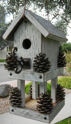 Designs cr atifs de cabane oiseaux animaux et design for Comfabriquer cabane oiseau
