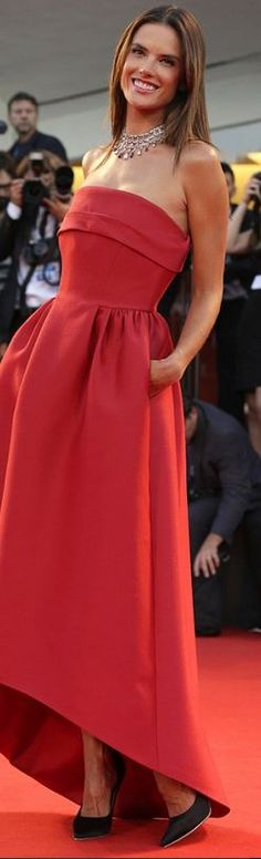 Alessandra Ambrosio, red strapless gown