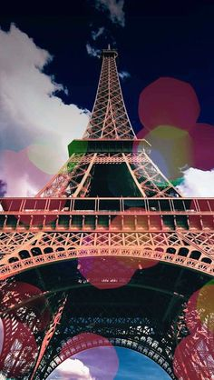 Cap your French adventure shopping in Paris to your heart's content and viewing some of the latest fashions, while exploring some of Paris' finest cultural treasures.