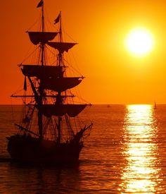 Sunset with the Lady Washington.