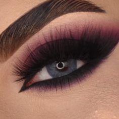 Maroon Makeup, Smoke Eye Makeup, Black Smokey Eye Makeup, Red Eye Makeup, Eye Makeup Steps, Colorful Eye Makeup, Dark Makeup, Red Smoky Eye, Eyeshadow Looks
