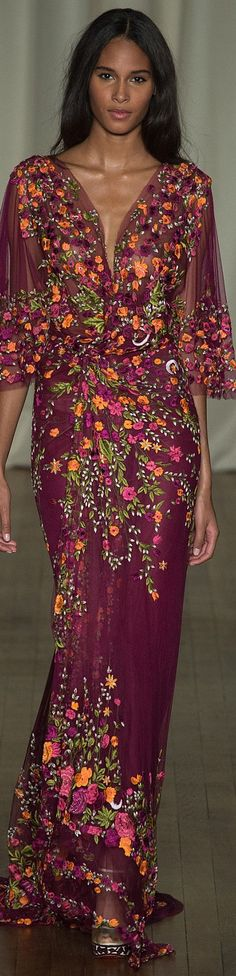 Marchesa Spring 2015 Ready-to-Wear (bottom half looks like it was inspired by aso ebi tulip style)