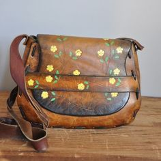 leather purse... This is amazing.. haha. Forgot about these till I saw this pic!!!