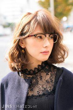 長島 梨沙さん べっ甲アセテートの光沢と上質感がお気に入り♡ JINS SNAP