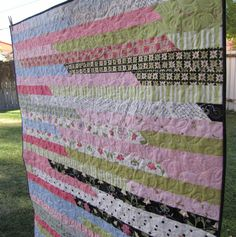 Alamosa Quilter: Jelly Roll 1600 Quilt Finished