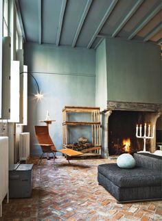 A casa/galeria de arte de Veerle Wenes: rústica, colorida e contemporânea!!!