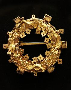 Intricate gold brooch. Hungary, 12th-13th century. Courtesy of the Hungarian National Museum.