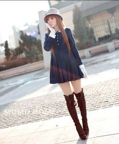 I love this dress, cute and vintage :)