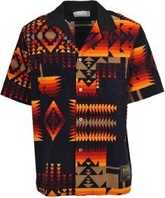 Camisa Floral, Navajo Style, Vintage Hawaiian Shirts, African Men Fashion, Mens Fashion, 1950s Fashion, Black Cotton, Printed Shirts, Shirt Designs