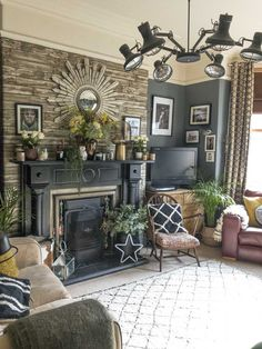 https://www.feathr.com/how-to/the-perfect-bohemian-maximalist-home
