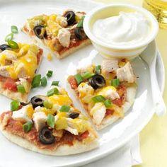 Santa Fe Chicken Pita Pizzas Recipe