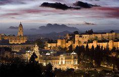 hermosa mi amada Málaga, con sus colores, olores, su arquitectura, su cultura y sobre todo su gente