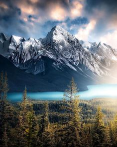 landscape-lunacy: Maligne Lake Alberta - by Alexandra . Nature Pictures, Cool Pictures, Beautiful Pictures, Landscape Photos, Landscape Photography, Champs, Beautiful World, Beautiful Places, Tattoo