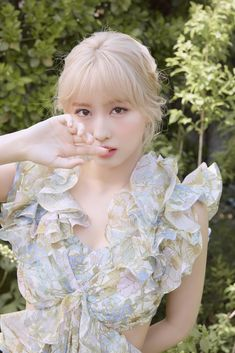 Twice More & More concept photo Momo. Nayeon, K Pop, Kpop Girl Groups, Korean Girl Groups, Kpop Girls, Princesa Real, Hirai Momo, Dahyun, Blackpink Jisoo