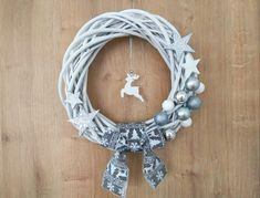 Simple Christmas, Christmas Wreaths, Hanukkah, Advent, Craft Ideas, Easy, Crafts, Home Decor, Christmas Crafts