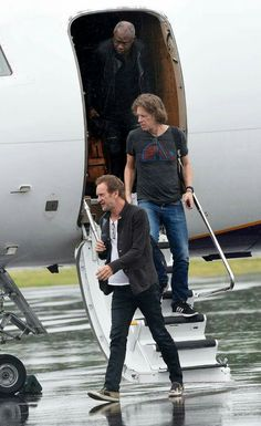 Sting, Dominic and David during the RPS tour <3