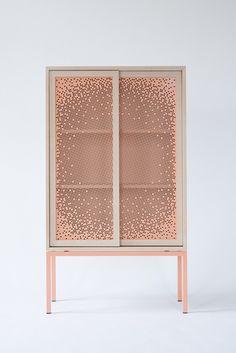 Le studio autrichien Nina Mair travaille au niveau international, pour des marques et des clients privés, sur des projets d'architecture comme de design pr