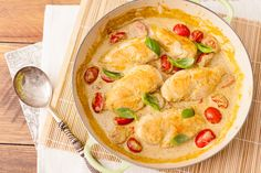 Creamy Pesto Chicken - ILoveCooking