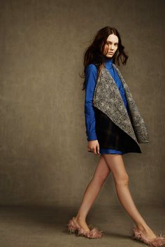 See the complete A.W.A.K.E. Fall 2014 Ready-to-Wear collection.