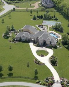 """Luxury Homes Interior Dream Houses Exterior Most Expensive Mansions Plans Modern 👉 Get Your FREE Guide """"The Best Ways To Make Money Online"""" Dream House Exterior, Dream House Plans, Style At Home, Dream Home Design, My Dream Home, Huge Houses, Dream Mansion, Luxury Homes Dream Houses, Dream Homes"""
