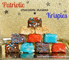 So perfect for Memorial Day and the 4th of July! Patriotic Rice Krispie Treats- easy and delicious!  #memorialday #4thofjuly #nobake