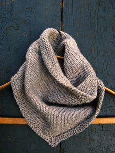 Sweet Stitching with Erin: Bandana Cowl - The Purl Bee - Knitting Crochet Sewing Embroidery Crafts Patterns and Ideas! From purl bee.what a great site! Purl Bee, Knit Cowl, Cowl Scarf, Knit Crochet, Crochet Summer, Knitted Cowls, Men Scarf, Crochet Baby, Cowl Neck