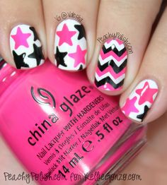 Cool Star Nail Art Designs With Lots of Tutorials and Ideas Pink, Black and White Star Nails. This is all sorts of perfect! I love it, so clever! :)Pink, Black and White Star Nails. This is all sorts of perfect! I love it, so clever! Zebra Nail Art, Chevron Nail Art, Star Nail Art, Star Nails, Diy Nail Polish, Diy Nails, Cute Nails, Gel Nail Art Designs, Cute Nail Designs