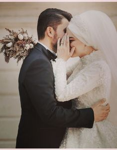 dresses hijab muslim couples the bride Wedding Couple Poses Photography, Wedding Poses, Wedding Photoshoot, Wedding Couples, Bridal Photography, Photography Poses, Cute Muslim Couples, Cute Couples, Husband And Wife Images