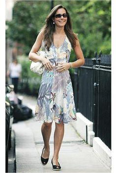 Kate Middleton wearing Warehouse Tropical Bird Print Dress