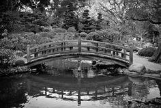 Footbridge at Hokone Gardens