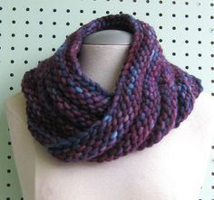 Knit-O-Matic Blog: New FREE Knitting Pattern - Bulky Mobius Cowl!