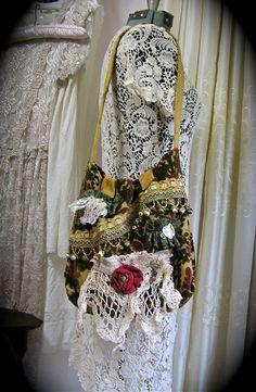 Bohemio alfombra bolso hecho a mano tela de por GrandmaDede en Etsy