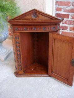 Antique Victorian English Carved Oak Corner Wall Cabinet Shelf Regency